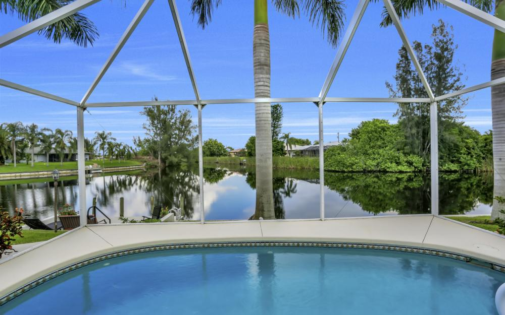2205 SW 2nd Ter, Cape Coral - Home For Sale 2099406838