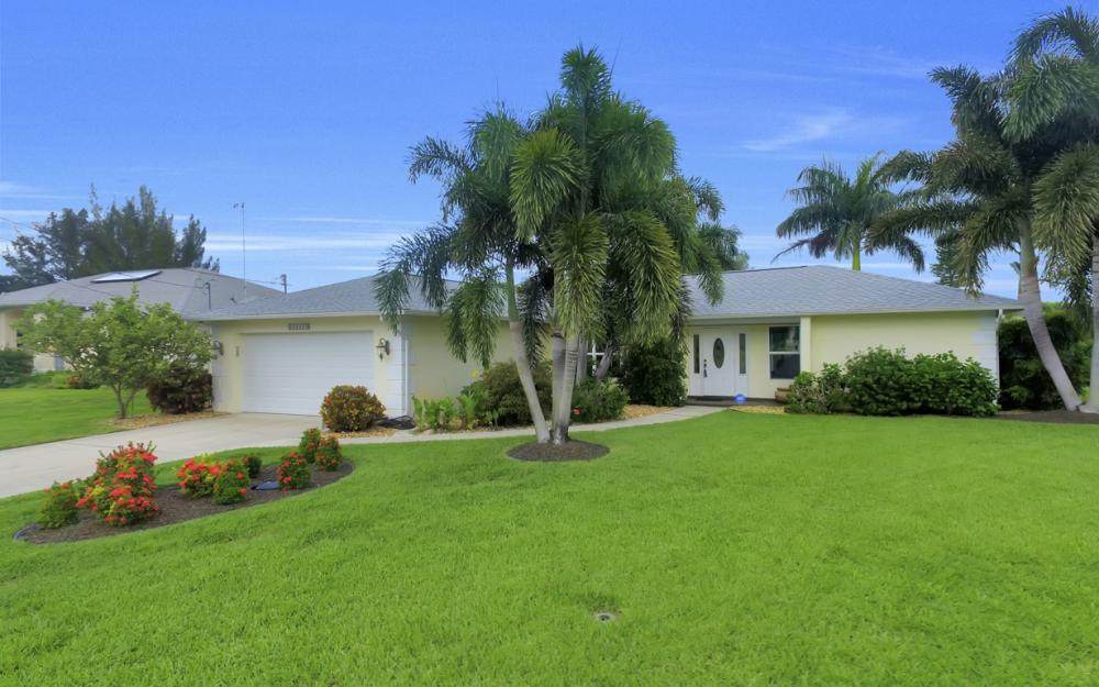 2205 SW 2nd Ter, Cape Coral - Home For Sale 1303201159