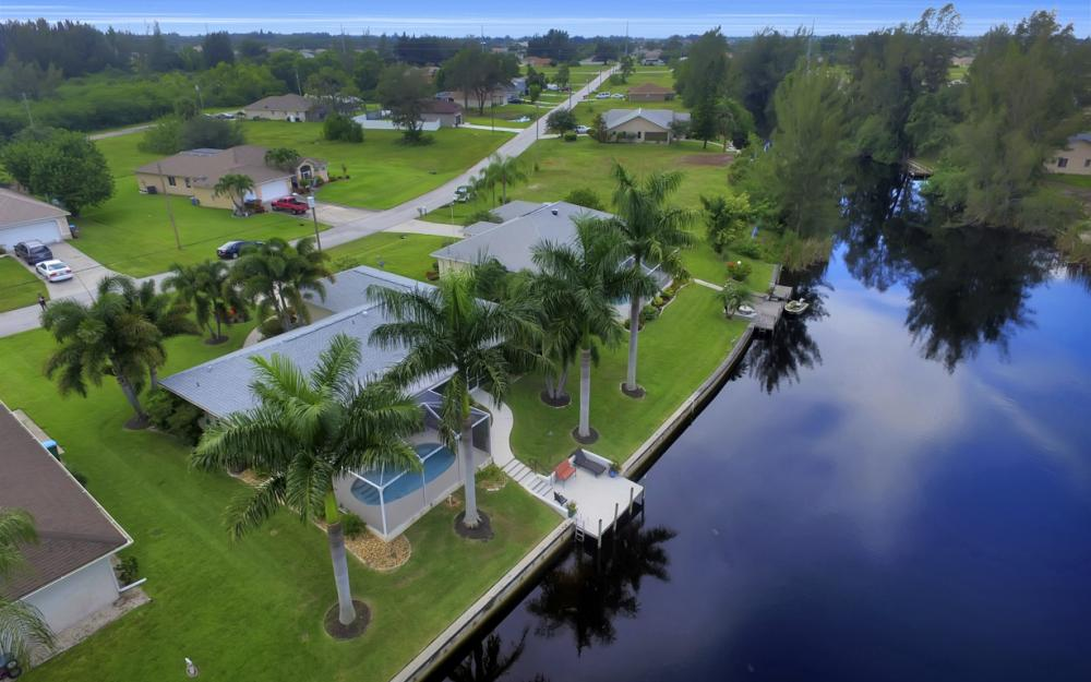 2205 SW 2nd Ter, Cape Coral - Home For Sale 1269583464