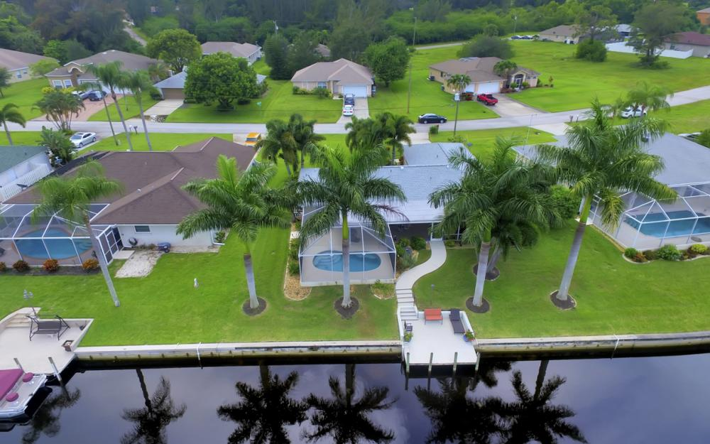 2205 SW 2nd Ter, Cape Coral - Home For Sale 529586638