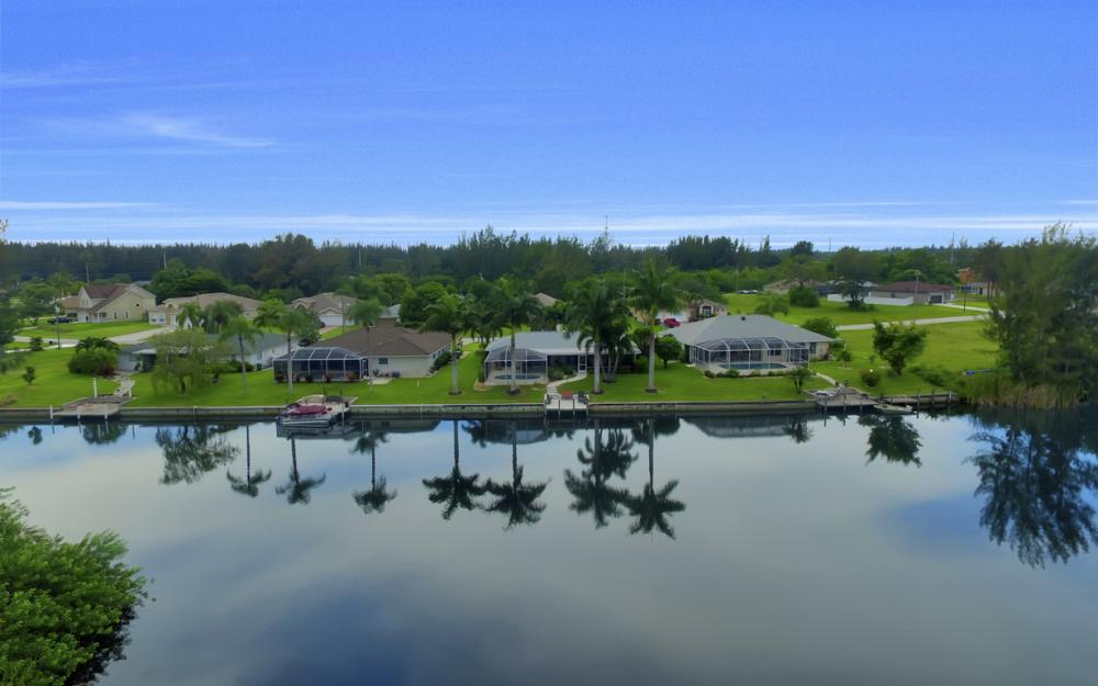 2205 SW 2nd Ter, Cape Coral - Home For Sale 957378546