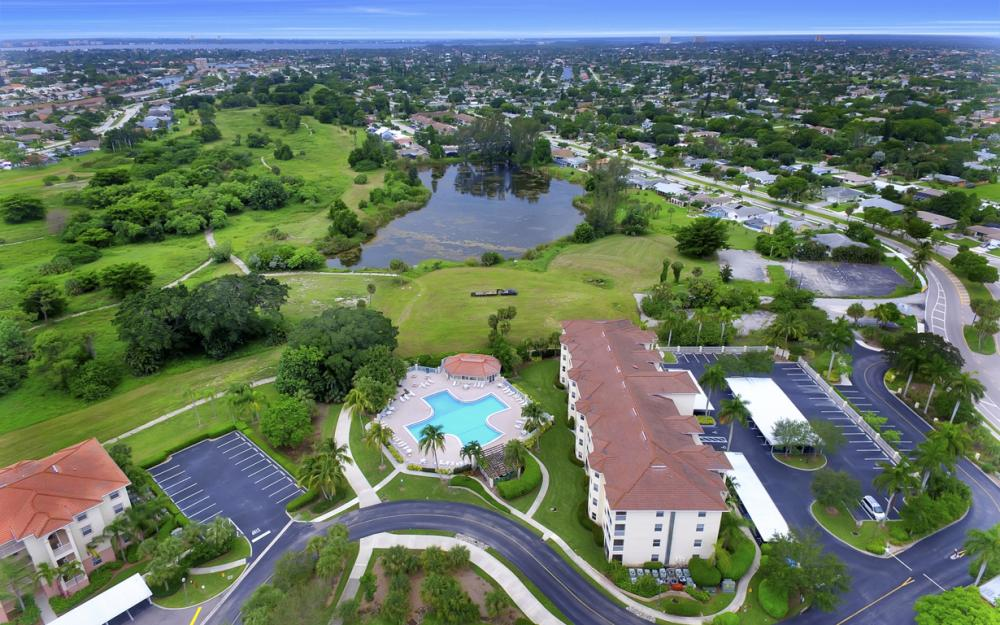 4015 Palm Tree Blvd #208, Cape Coral - Condo For Sale 1876741998
