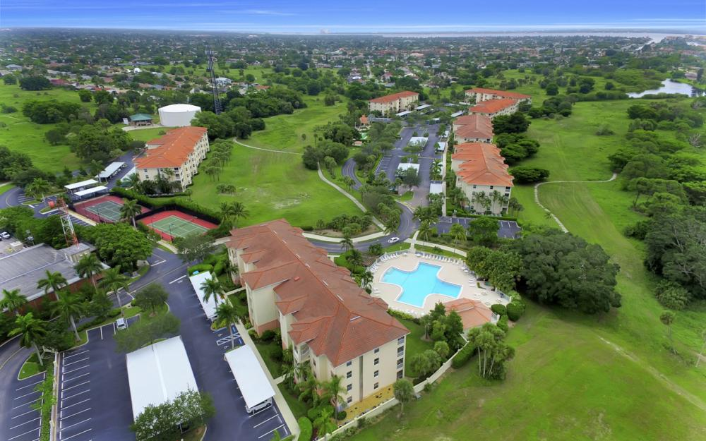 4015 Palm Tree Blvd #208, Cape Coral - Condo For Sale 523788613