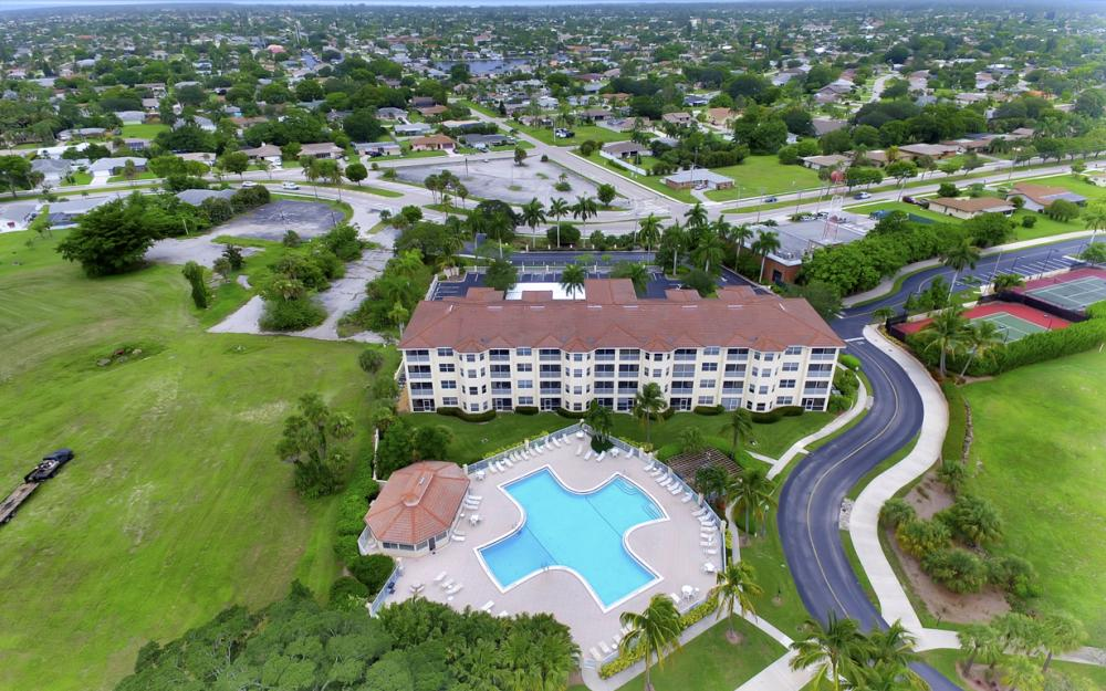 4015 Palm Tree Blvd #208, Cape Coral - Condo For Sale 405589341