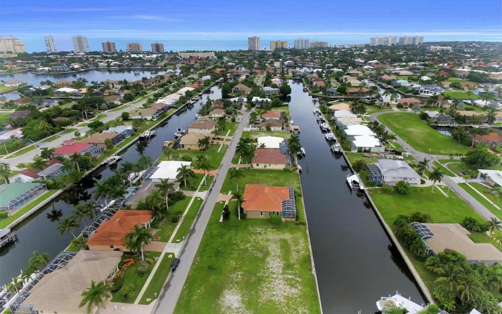 1078 Cottonwood Ct, Marco Island - Lot For Sale 2134666577