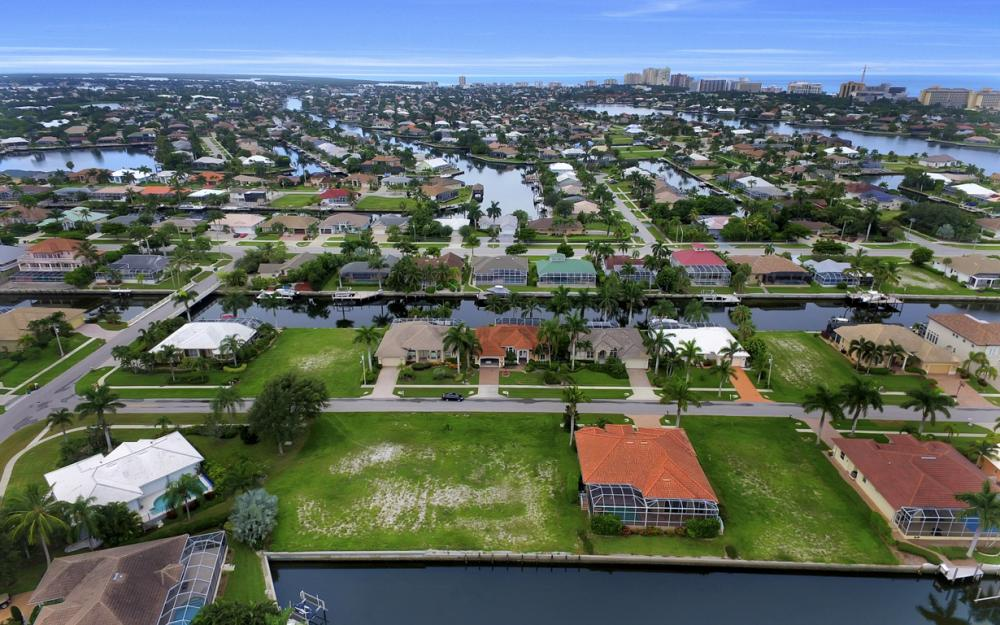 1078 Cottonwood Ct, Marco Island - Lot For Sale 1368767835