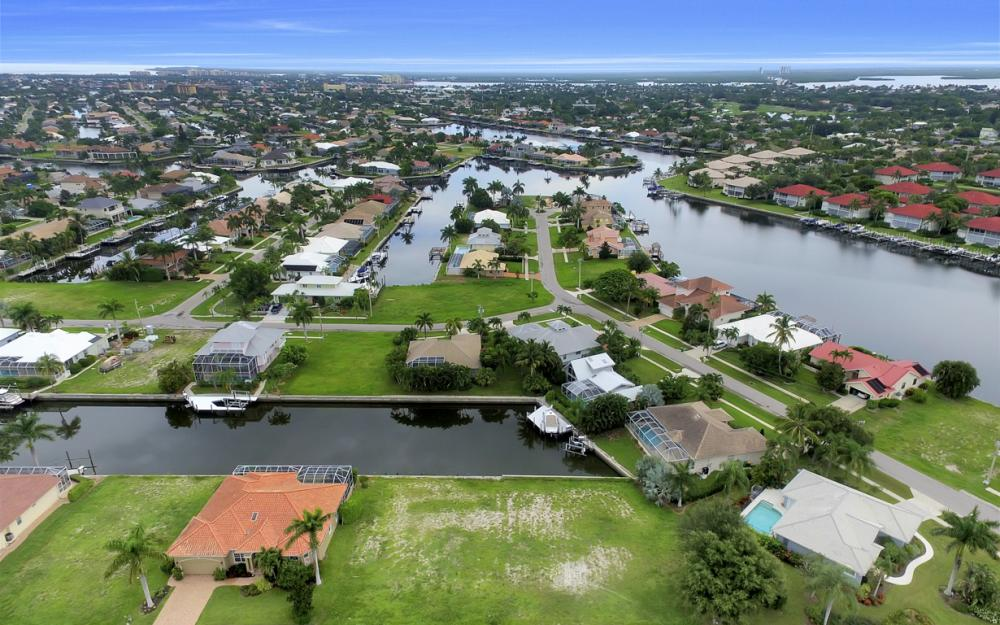 1078 Cottonwood Ct, Marco Island - Lot For Sale 2125850845