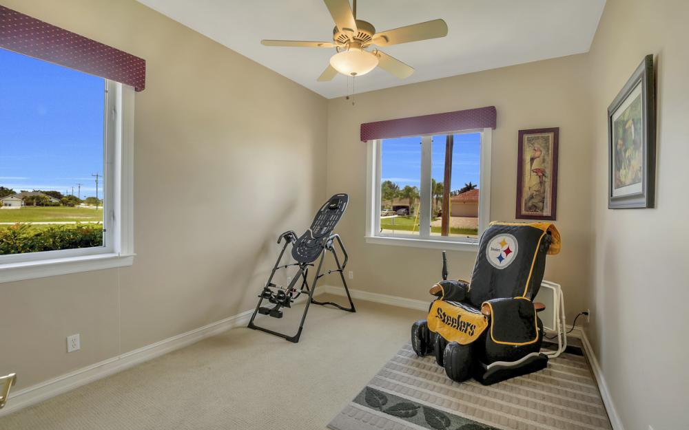 2931 Surfside Blvd, Cape Coral - Home For Sale 5469076