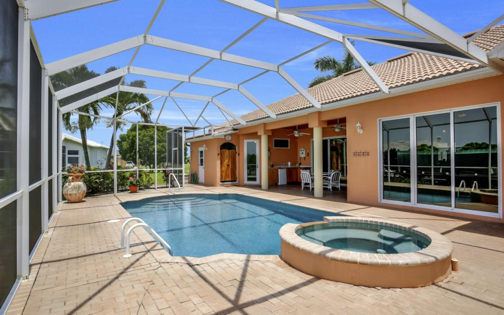 2931 Surfside Blvd, Cape Coral - Home For Sale 2110664256