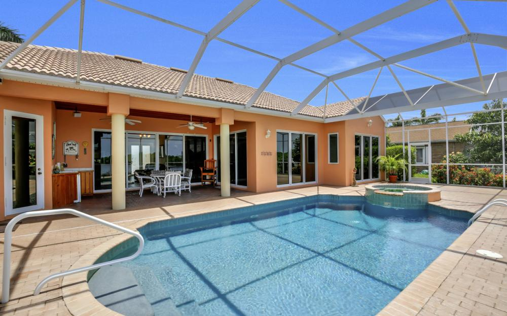 2931 Surfside Blvd, Cape Coral - Home For Sale 1170044511