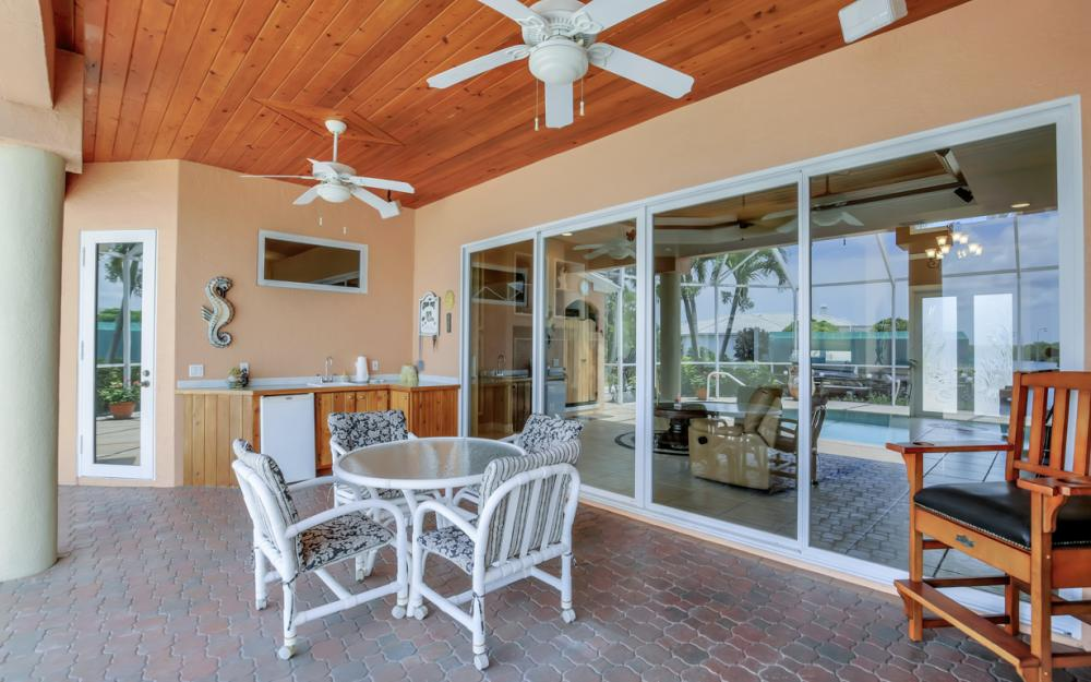 2931 Surfside Blvd, Cape Coral - Home For Sale 1061071254