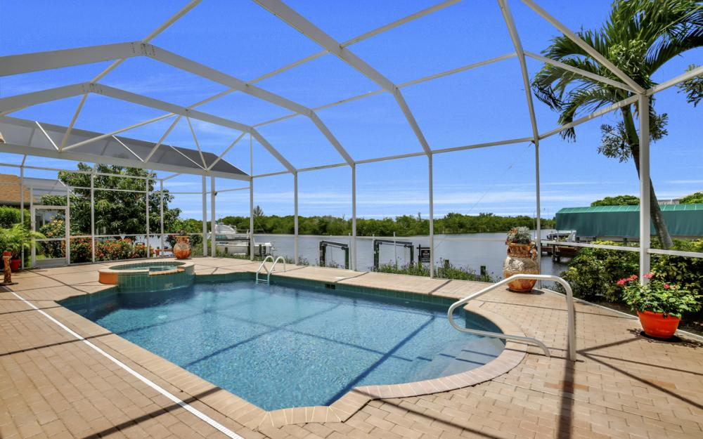 2931 Surfside Blvd, Cape Coral - Home For Sale 2096694181