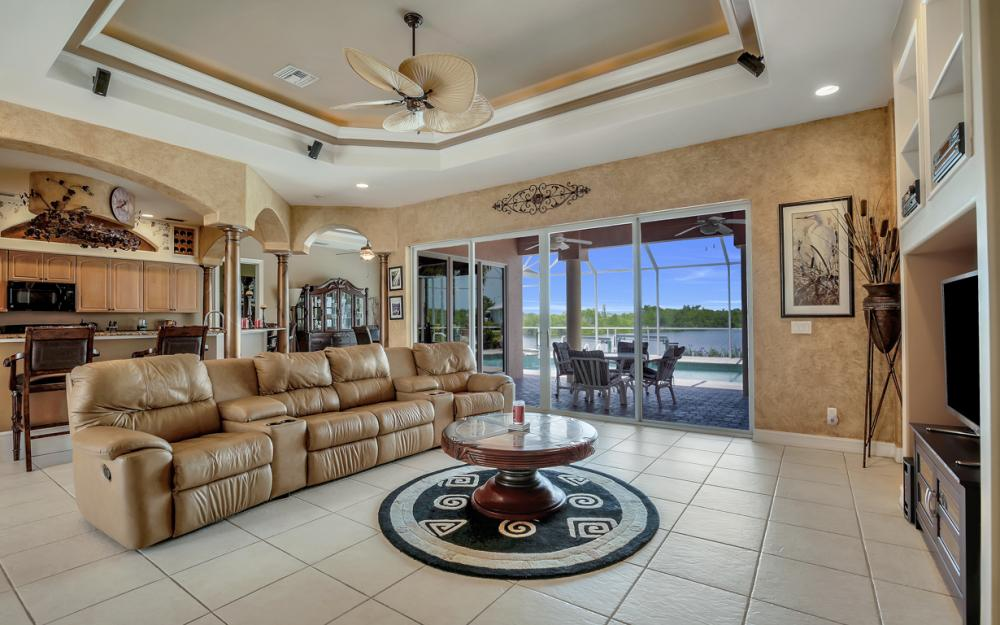 2931 Surfside Blvd, Cape Coral - Home For Sale 999328646