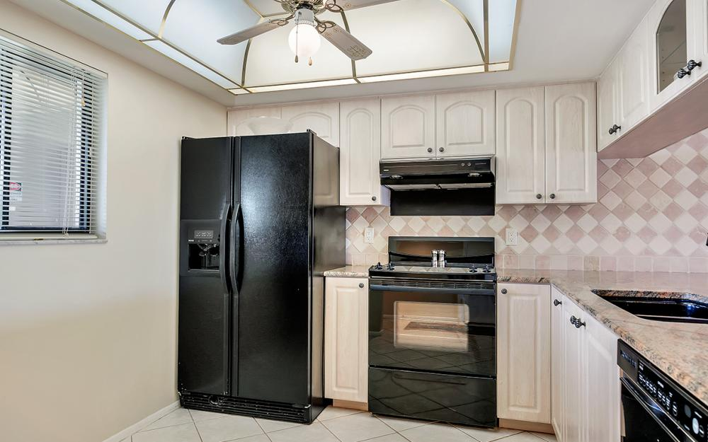 16200 Bay Pointe Blvd #305, North Fort Myers - Condo For Sale 208268330
