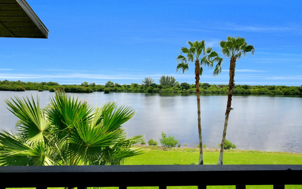16200 Bay Pointe Blvd #305, North Fort Myers - Condo For Sale 1362116112