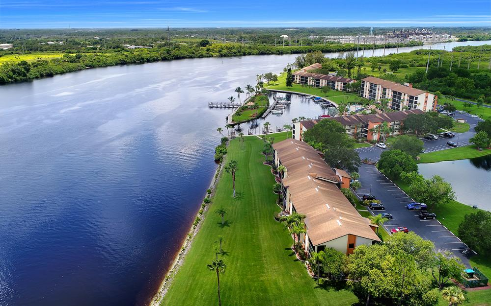 16200 Bay Pointe Blvd #305, North Fort Myers - Condo For Sale 609574772