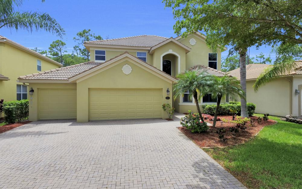 20734 Torre Del Lago St, Estero - Home For Sale 783531967