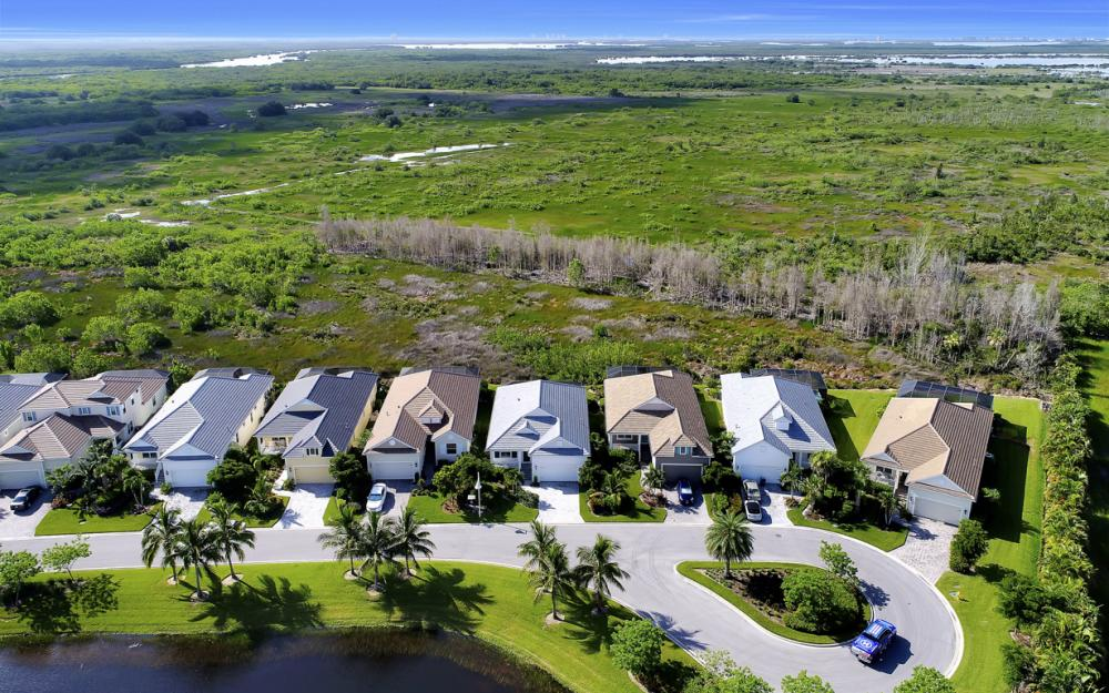 8518 Big Mangrove Dr, Fort Myers - Home For Sale 2108633021