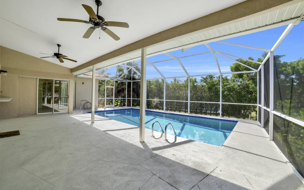 351 Yellowbird St, Marco Island - Home For Sale 21189604