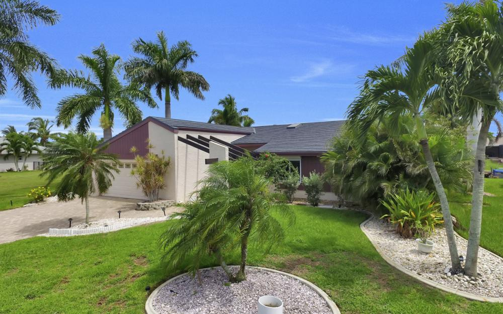 1626 SE 11th Terrace, Cape Coral - Home For Sale 1229676492