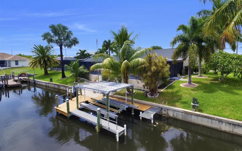 1626 SE 11th Terrace, Cape Coral - Home For Sale 398132291