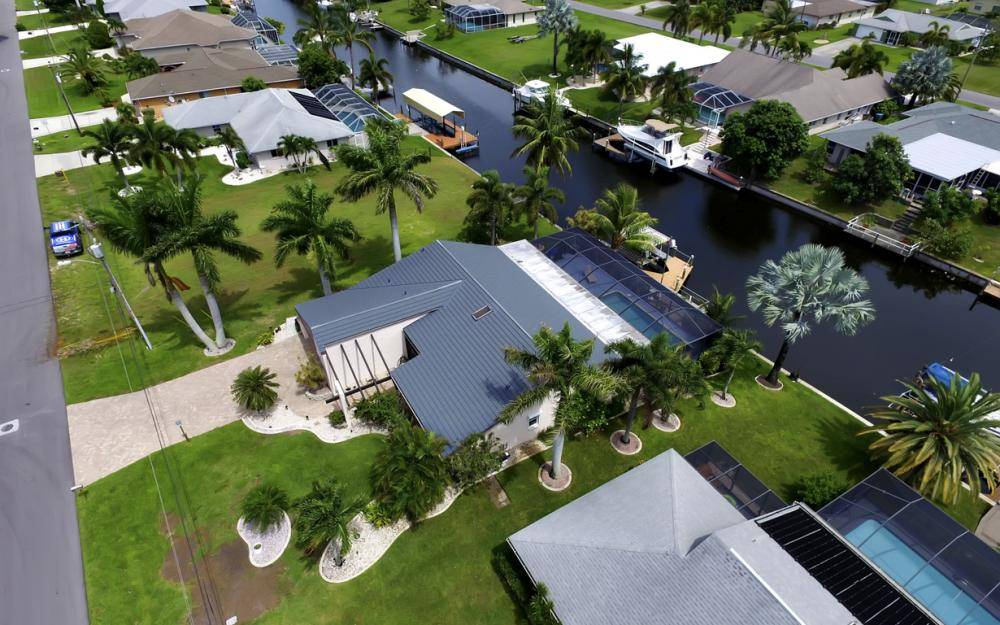 1626 SE 11th Terrace, Cape Coral - Home For Sale 167871078