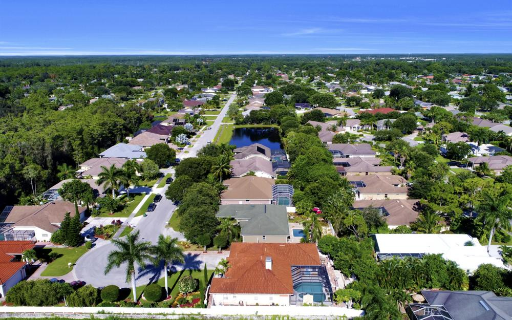 22 Madison Drive, Naples - Home For Sale 1736563622