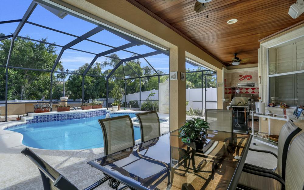 22 Madison Drive, Naples - Home For Sale 1277830131