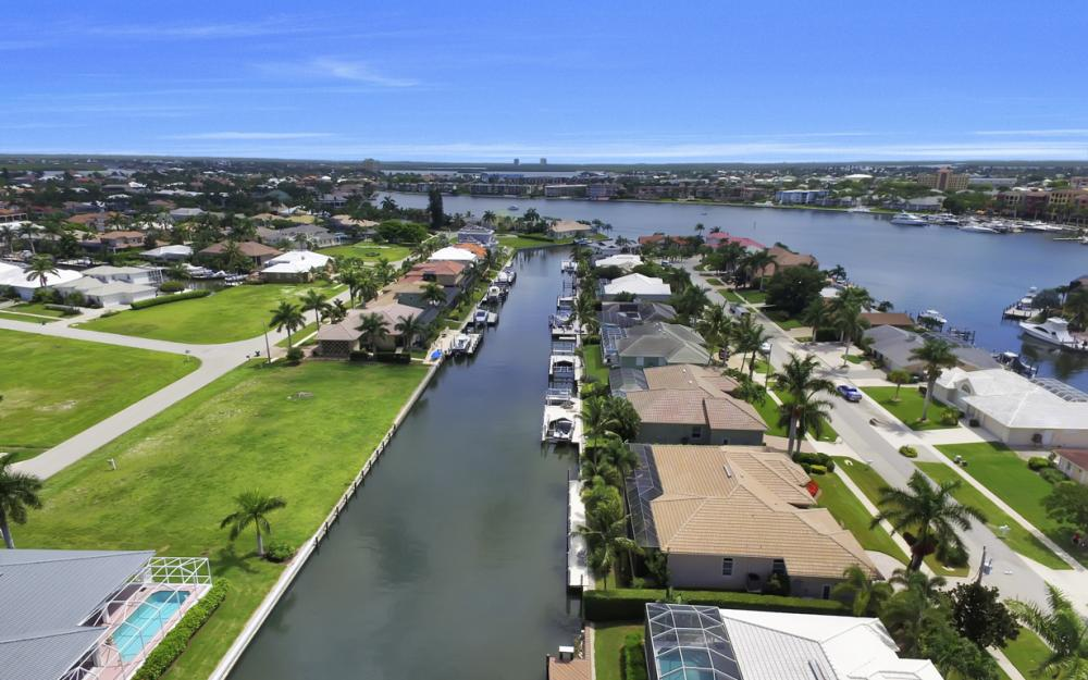 616 Dorando Ct, Marco Island - Home For Sale 557456775