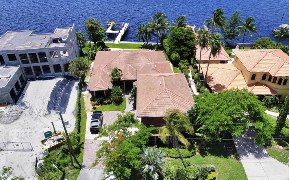 3978 W Riverside Dr, Fort Myers - Water Front Luxury Home 1907082249