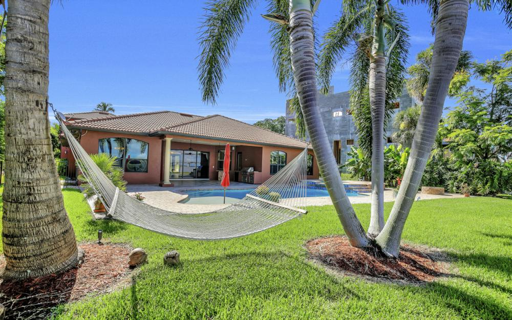 3978 W Riverside Dr, Fort Myers - Water Front Luxury Home 1945299696