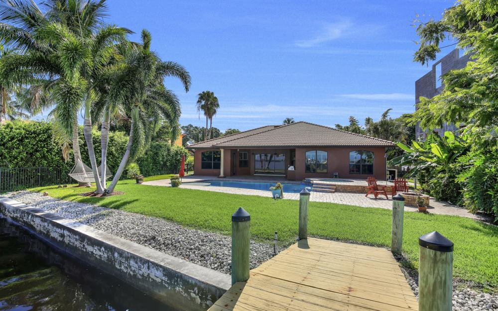 3978 W Riverside Dr, Fort Myers - Water Front Luxury Home 855292657