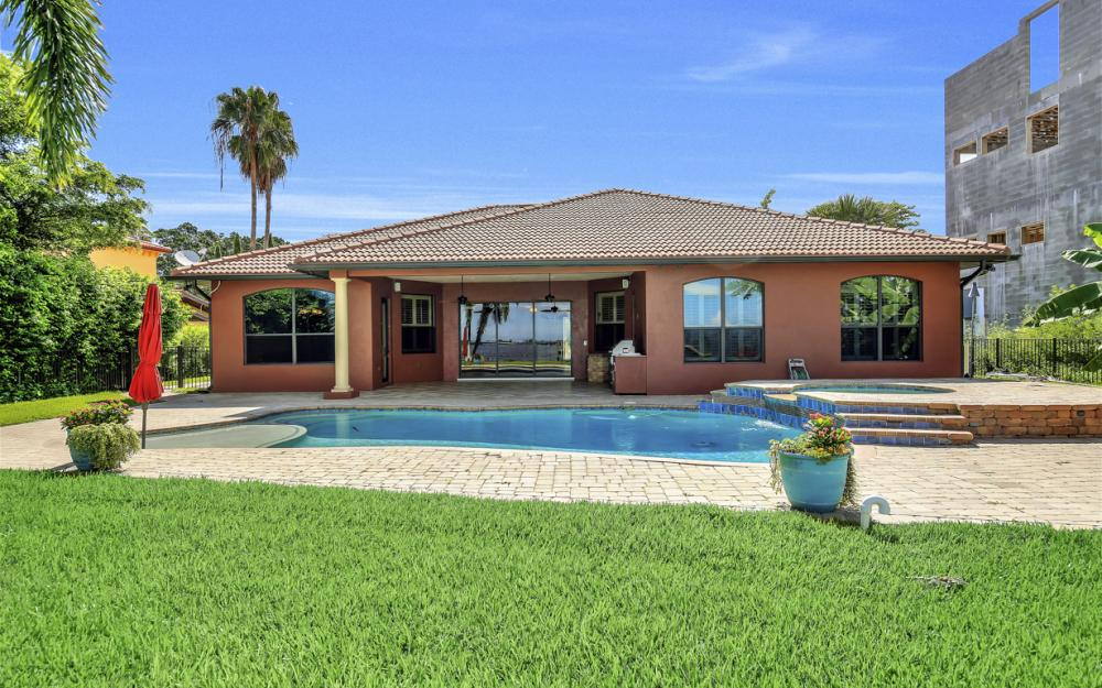 3978 W Riverside Dr, Fort Myers - Water Front Luxury Home 1541864745