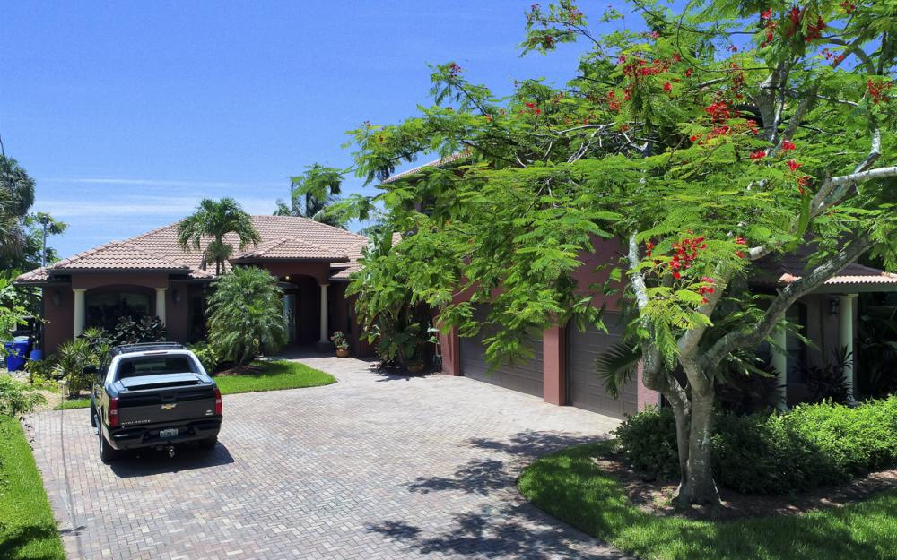 3978 W Riverside Dr, Fort Myers - Water Front Luxury Home 2091432169