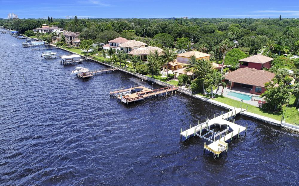 3978 W Riverside Dr, Fort Myers - Water Front Luxury Home 540622226