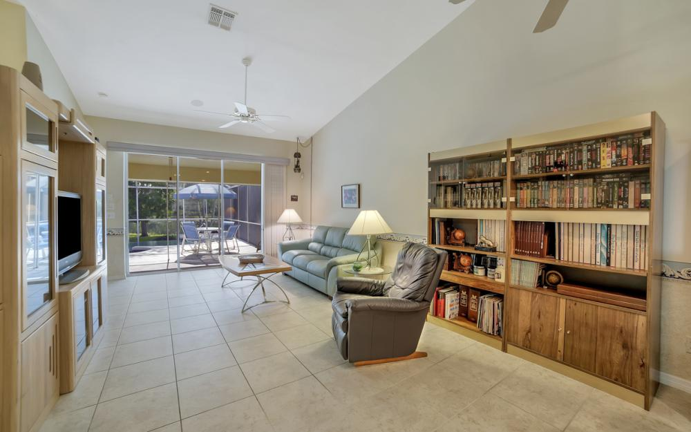 5213 Whitten Dr, Naples - Home For Sale 1797431954