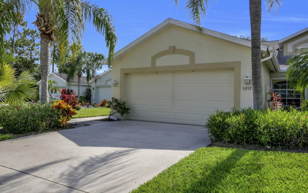 5213 Whitten Dr, Naples - Home For Sale 66598073