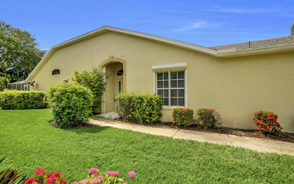 5213 Whitten Dr, Naples - Home For Sale 1452715524
