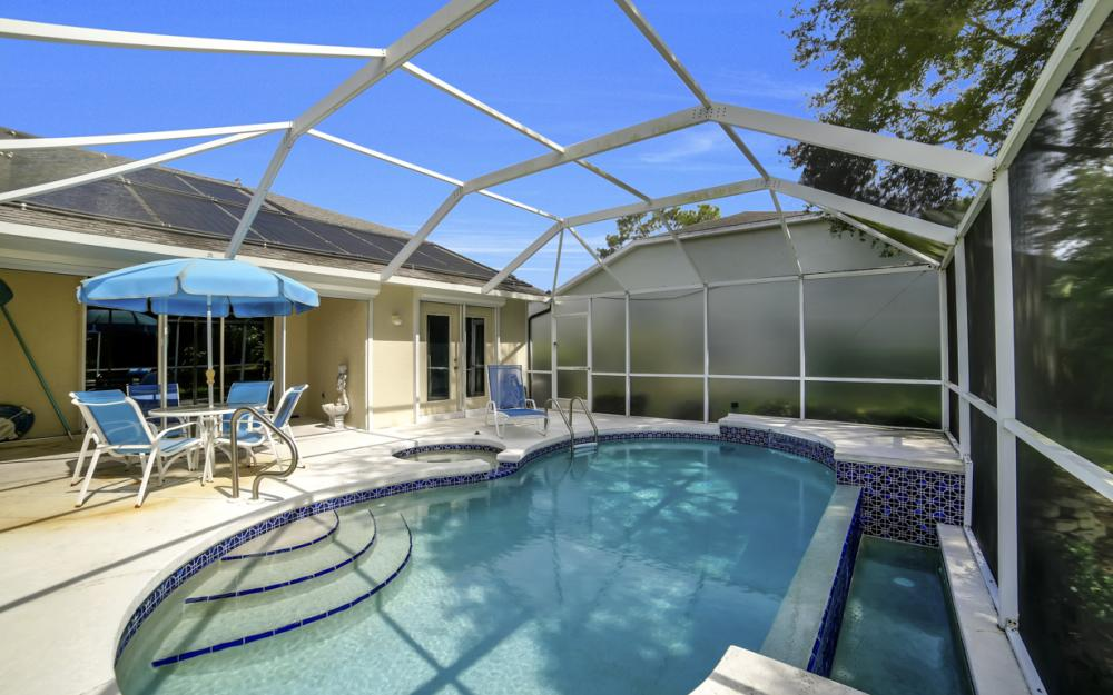5213 Whitten Dr, Naples - Home For Sale 993653593