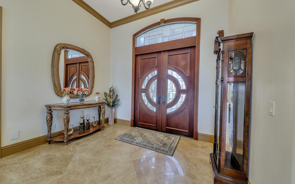 910 Moon Ct, Marco Island - Home For Sale 840136138