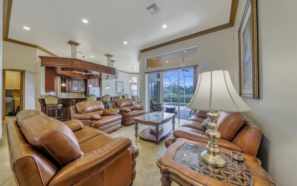 910 Moon Ct, Marco Island - Home For Sale 673588692