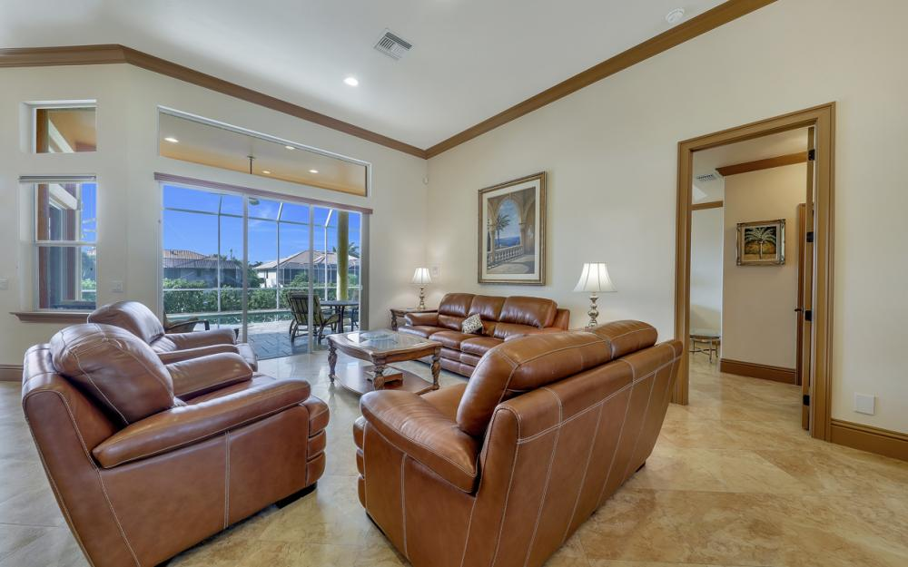 910 Moon Ct, Marco Island - Home For Sale 858982584