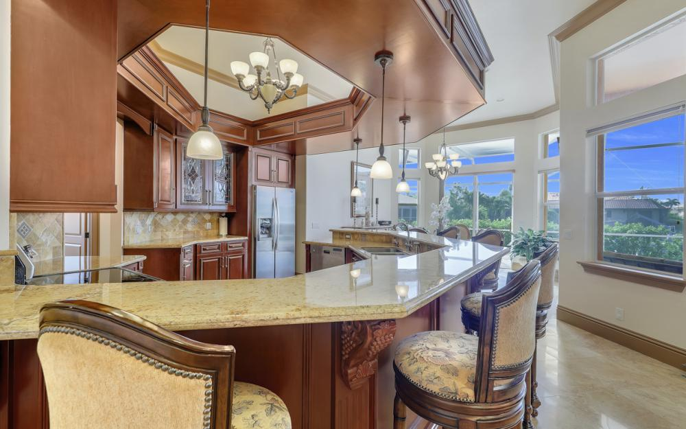910 Moon Ct, Marco Island - Home For Sale 1268822524
