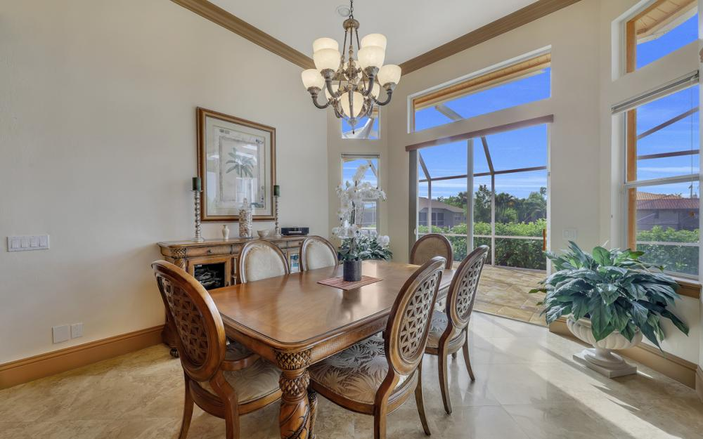 910 Moon Ct, Marco Island - Home For Sale 187030370