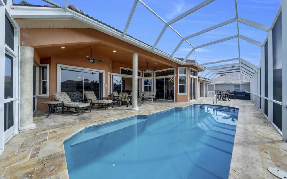 910 Moon Ct, Marco Island - Home For Sale 1891381368