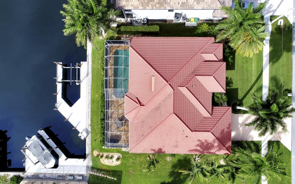910 Moon Ct, Marco Island - Home For Sale 120894395