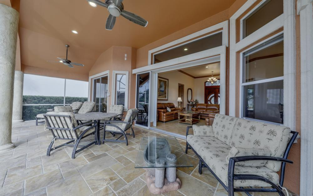 910 Moon Ct, Marco Island - Home For Sale 991679935