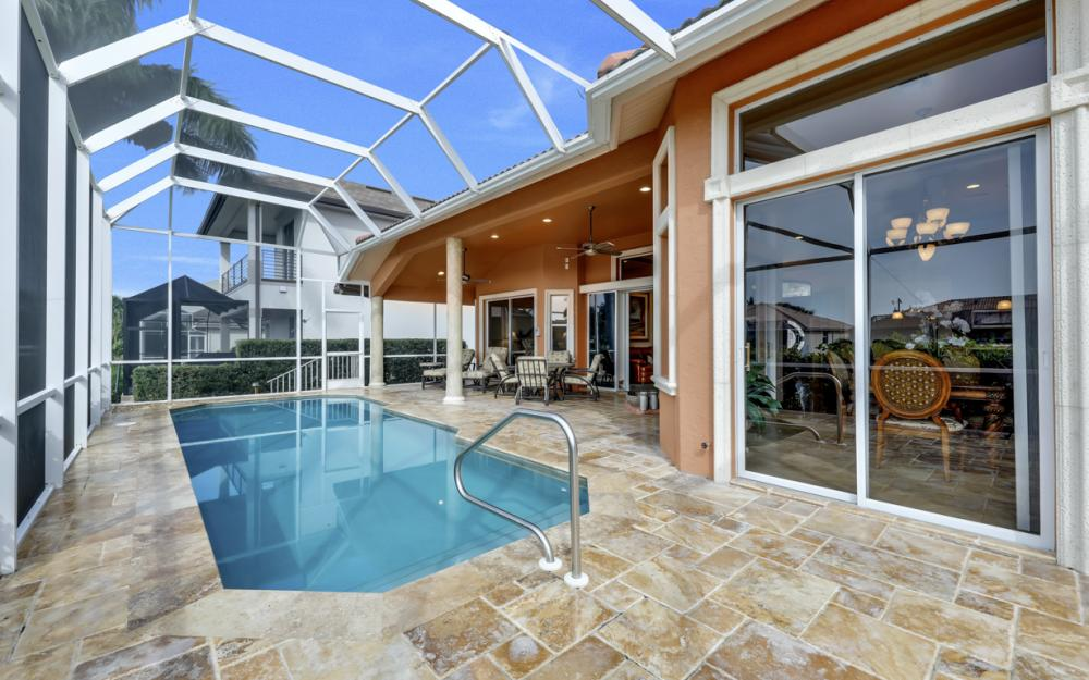 910 Moon Ct, Marco Island - Home For Sale 990104087