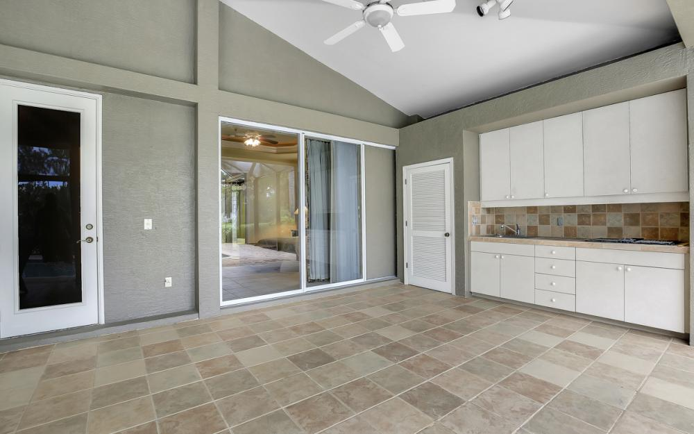 20256 Country Club Dr, Estero - Home For Sale 774684053