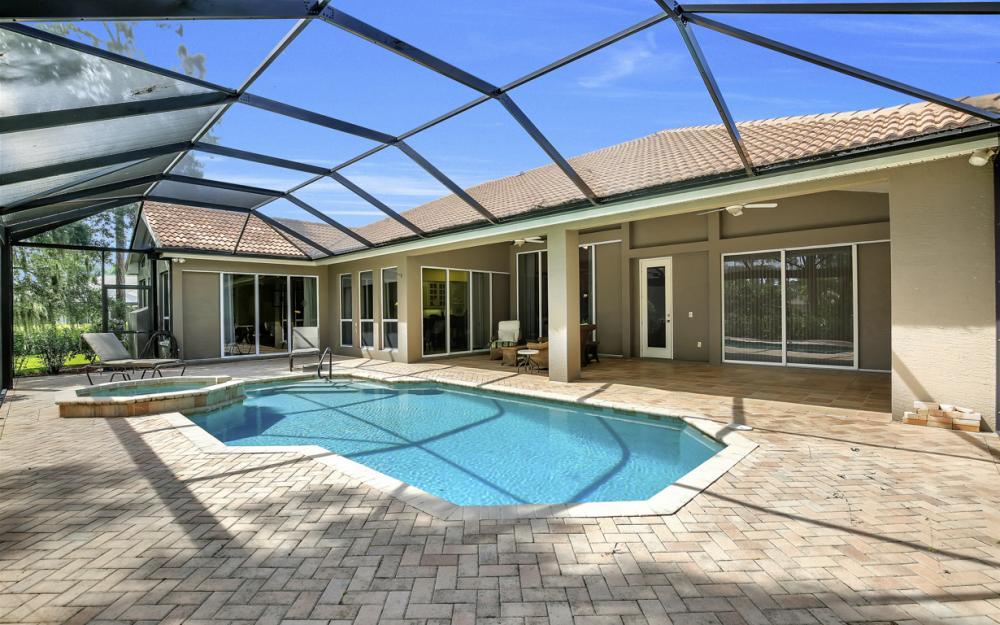 20256 Country Club Dr, Estero - Home For Sale 1004259842